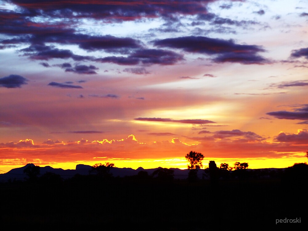 Warrumbungles Sunrise by pedroski