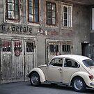 Antique 2 by Efi Keren