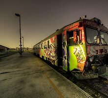 Pula Graffiti train  by Rob Hawkins