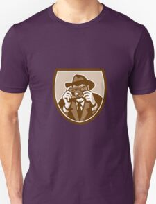 Photographer Shooting Camera Shield Retro T-Shirt