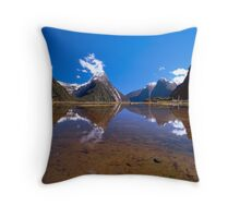 Milford Sound Reflections. New Zealand Throw Pillow