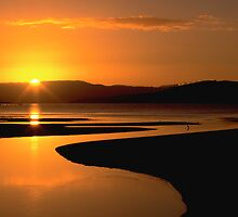 Ralphs Bay Sunset, Tasmania by David Jamrozik