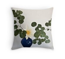 Ikebana-058 Throw Pillow