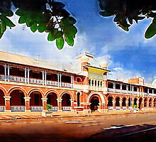 Queens Hotel, Townsville. by Frank  McDonald