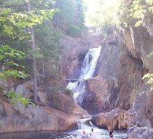 Smalls Falls by Breathnow