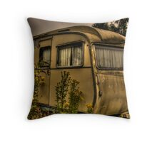 Carlight Caribbean Throw Pillow