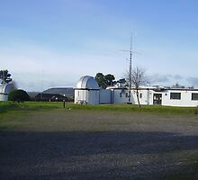 Norman Lockyer Observatory by brucemlong