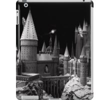 Hogwarts castle, the school of wizardry iPad Case/Skin