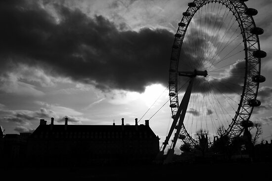 london eye silhouette 2 by photogenic