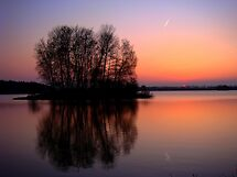 reflection sunset by Eugenio