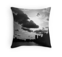 silhouettes on the river thames Throw Pillow