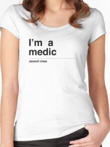 I'm a medic (black) Women's Fitted Scoop T-Shirt