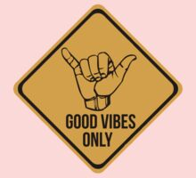 Shaka sign - Caution. Hang loose. Good vibes only. Surf style. Kids Clothes