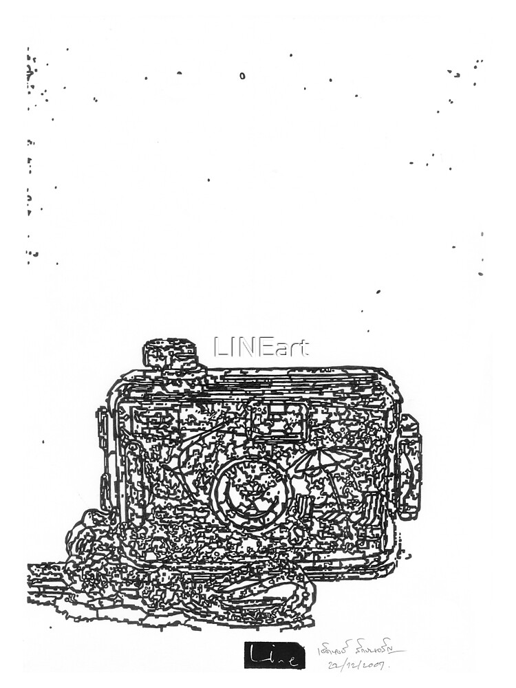 LINEart camera 09: Toy camera by LINEart