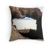 ROCK ARCH VIEW Throw Pillow