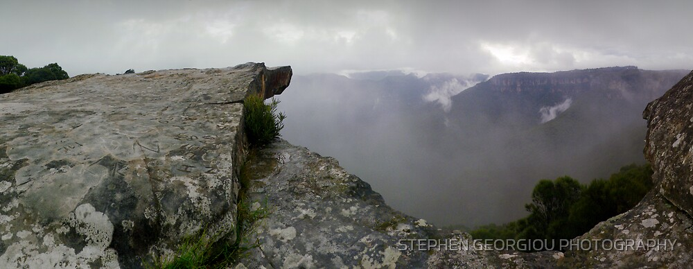 Kings Tableland in the Lords Blue Mountains N.S.W. Australia by STEPHEN GEORGIOU PHOTOGRAPHY