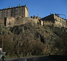 Edinburgh Castle from Castle Terrace by Yonmei