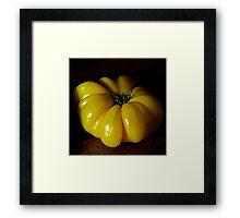 Tomate jaune Framed Print