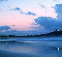 Nobby's Beach by monkeyfoto