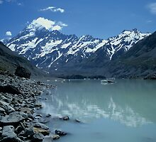 Glacial Lake and Mt Cook, New Zealand by David Jamrozik