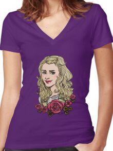 Rose Tyler returns Women's Fitted V-Neck T-Shirt
