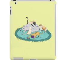 Caturday Pile iPad Case/Skin