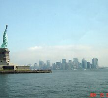 Statue Of Liberty by brennanlane