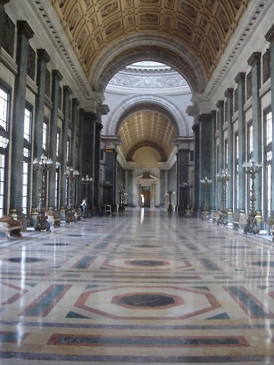 inside of capitol building, Havana, Cuba by chord0