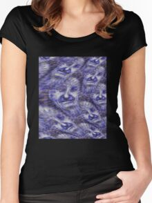 A face in the crowd Women's Fitted Scoop T-Shirt