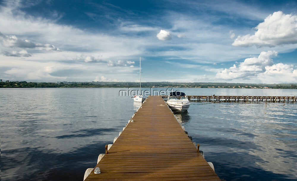 Pier - Paranoa Lake - Brazilia by miguelnetto