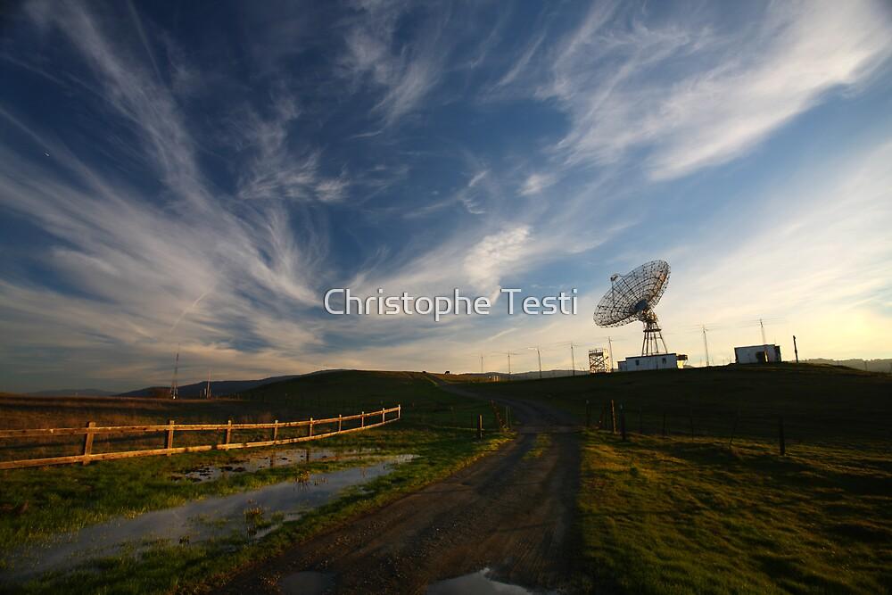 Listening by Christophe Testi