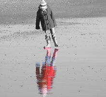 Reflections in the sand by poppykitten