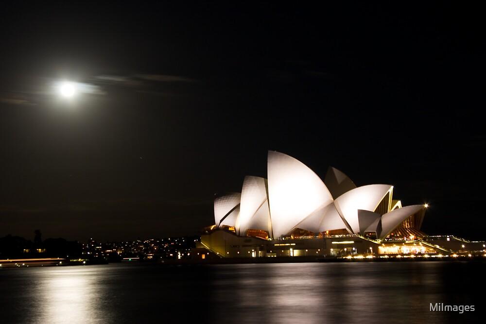 Moonlit Opera House by MiImages