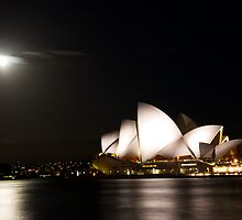 Moonlit Opera House by MiImages