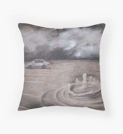 One drop Sculpture design Throw Pillow