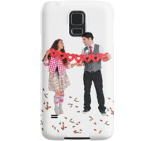 Young Couple with a heart shaped paper chain  Samsung Galaxy Case/Skin
