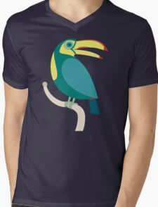 TOUCAN WITH RED NAILS Mens V-Neck T-Shirt