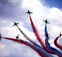Red Arrows by kitlew