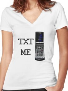 Text Me... Women's Fitted V-Neck T-Shirt