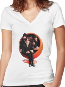 small faces Women's Fitted V-Neck T-Shirt