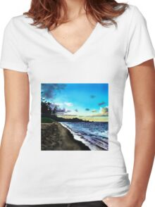 Hawaiian Beach  Women's Fitted V-Neck T-Shirt