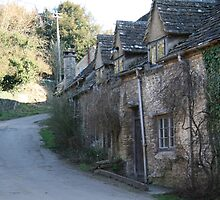 Easton Grey Cottage by Iani
