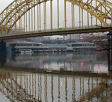 reflection of the 16st bridge by suetacey