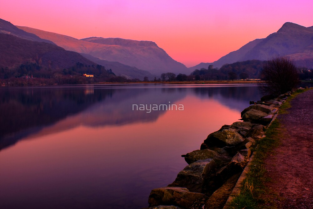 Tranquil mountain sunset by nayamina