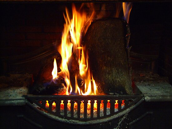 Open Fire - Wilber Farmhouse by pedroski