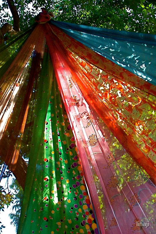 Sari Tree by linaji