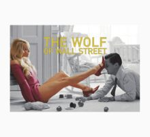 The wolf of wall street - short skirts 5 T-Shirt