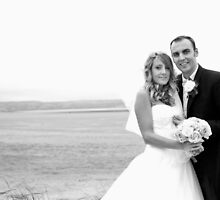 Bride and Groom beach photo by nayamina