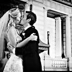 Wedding bliss by Hien Nguyen