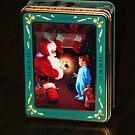 Christmas Oreo Tin by Jelderkc